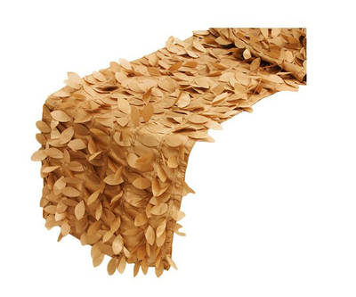 Leaf petal table runner for banquet
